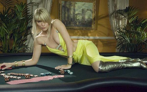 Blonde bond casino james royales worst odds in casino games