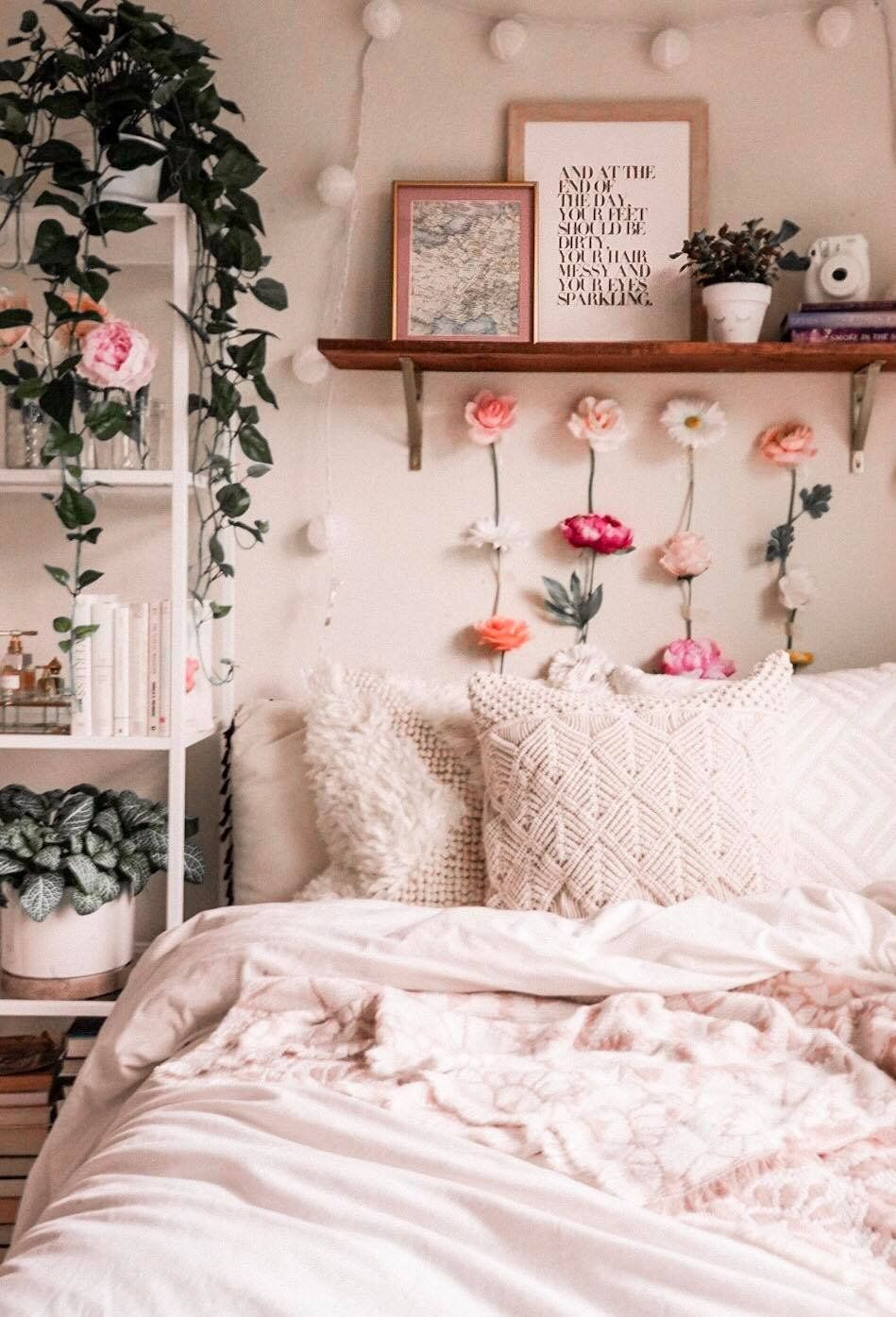 Refreshing Small Spaces As Told By Michelle In 2020 Dorm Room