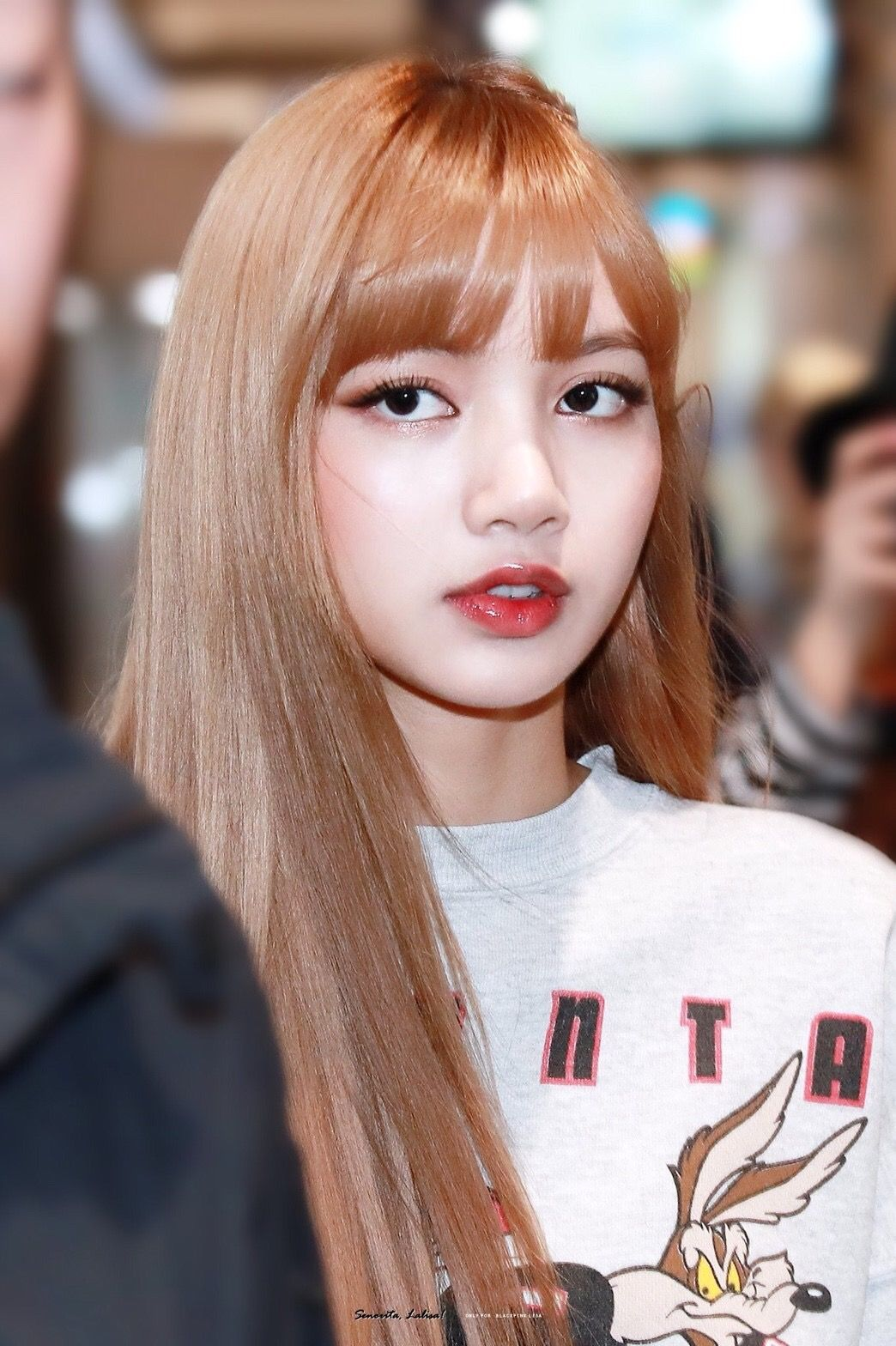 Blackpink Lisa Hair Color 2018