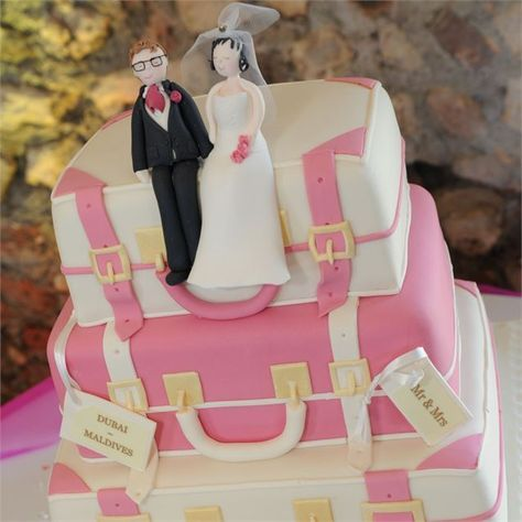 The Newlywed Couple Had A 3 Tier Wedding Cake Which Was Make To Look Like Suitcases
