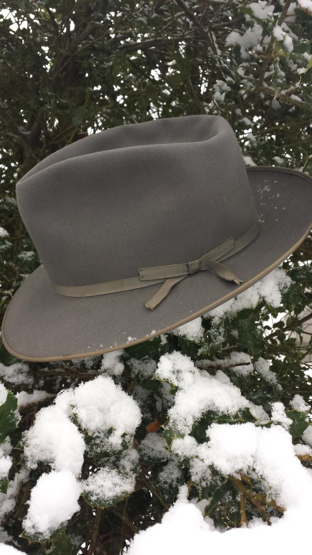 dc573902b03 Vintage 1950 s Stetson Stratoliner in a blue gray. Perfect condition retail  would be  400.00. Find this Pin and more on Vintage and Modern Mens Fedora  hats ...