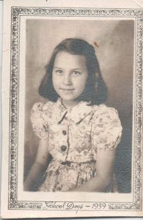 Carolina Girl Genealogy: Friday's Faces From the Past~Mystery Girl 2. Do you know her?