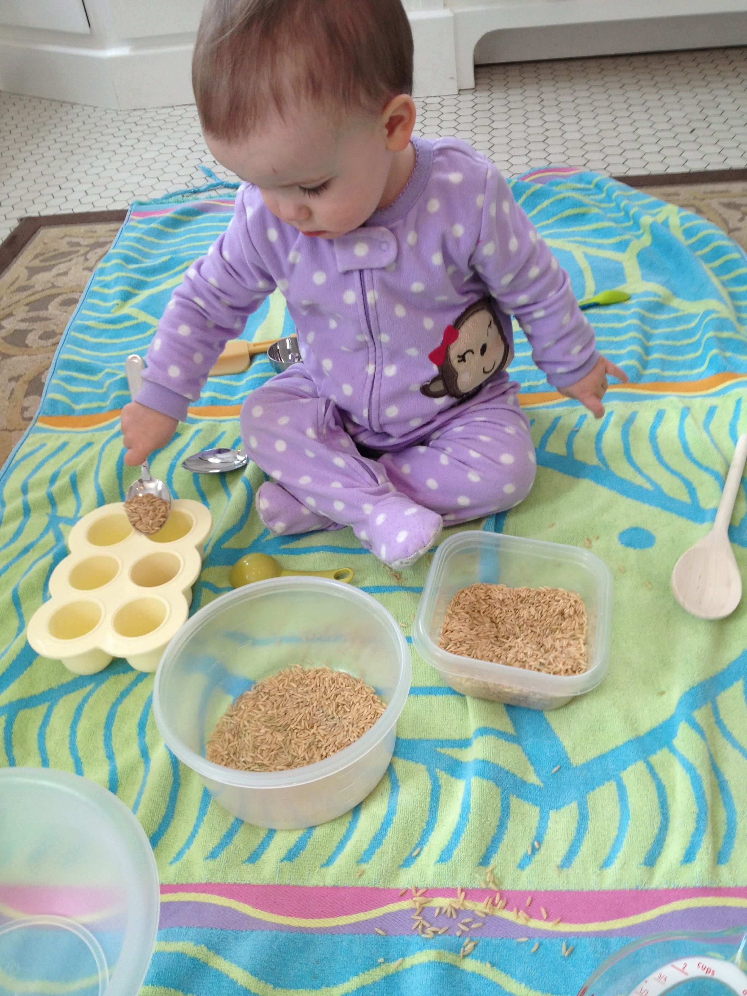 Rice Play For Toddlers Toddlers Activity Finemotor