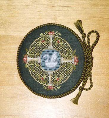 Mary Beale - Needlecase | Samplers | 123 stitch, Cross stitch