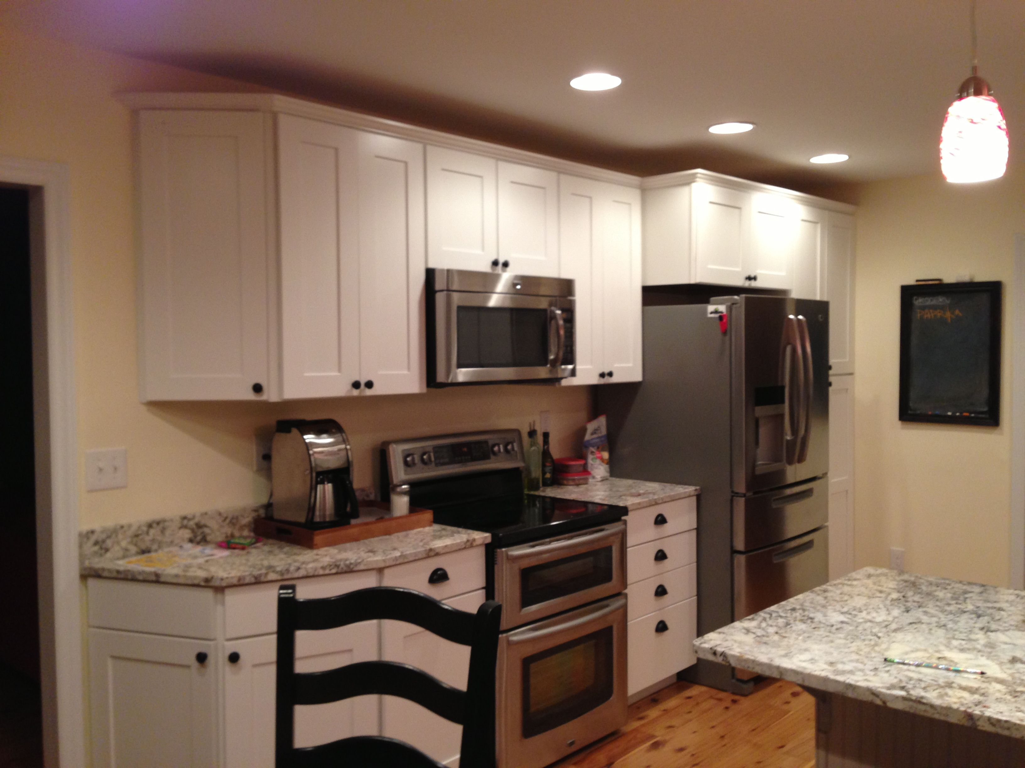 How To Paint Kitchen Cabinets Diy Kitchen Painting Kitchen Cabinets Kitchen Cabinets Makeover