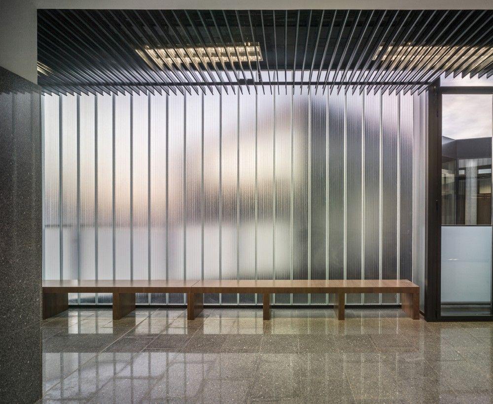 New Court Building in Almendralejo / Enrique Bardají & Asociados