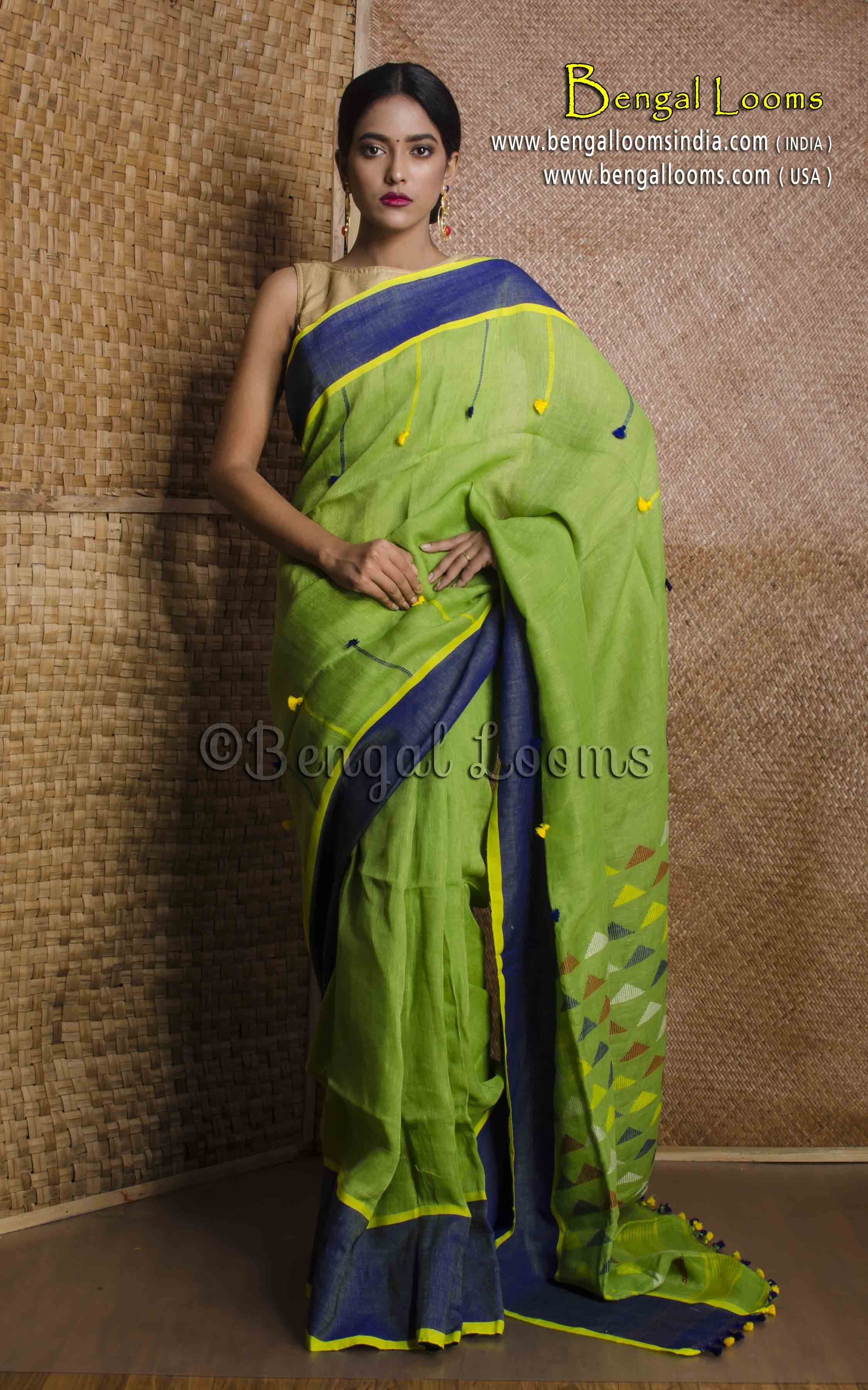 0b0031ad44e4 Pure Handloom High Thread Count Linen Saree in Parrot Green and Blue ...