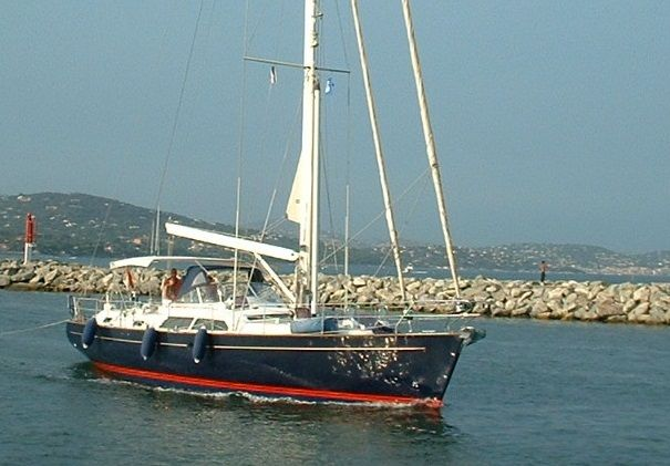 Moody 54 For Sale Cutter Rigged 2001 Ocean Cruiser Moody 54 From First Owner With Blue Hull Centre Cockpit And T Sailing Yachts For Sale Boat Yacht Broker
