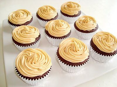 Paris Pastry: Chocolate - Fluffernutter Cupcakes