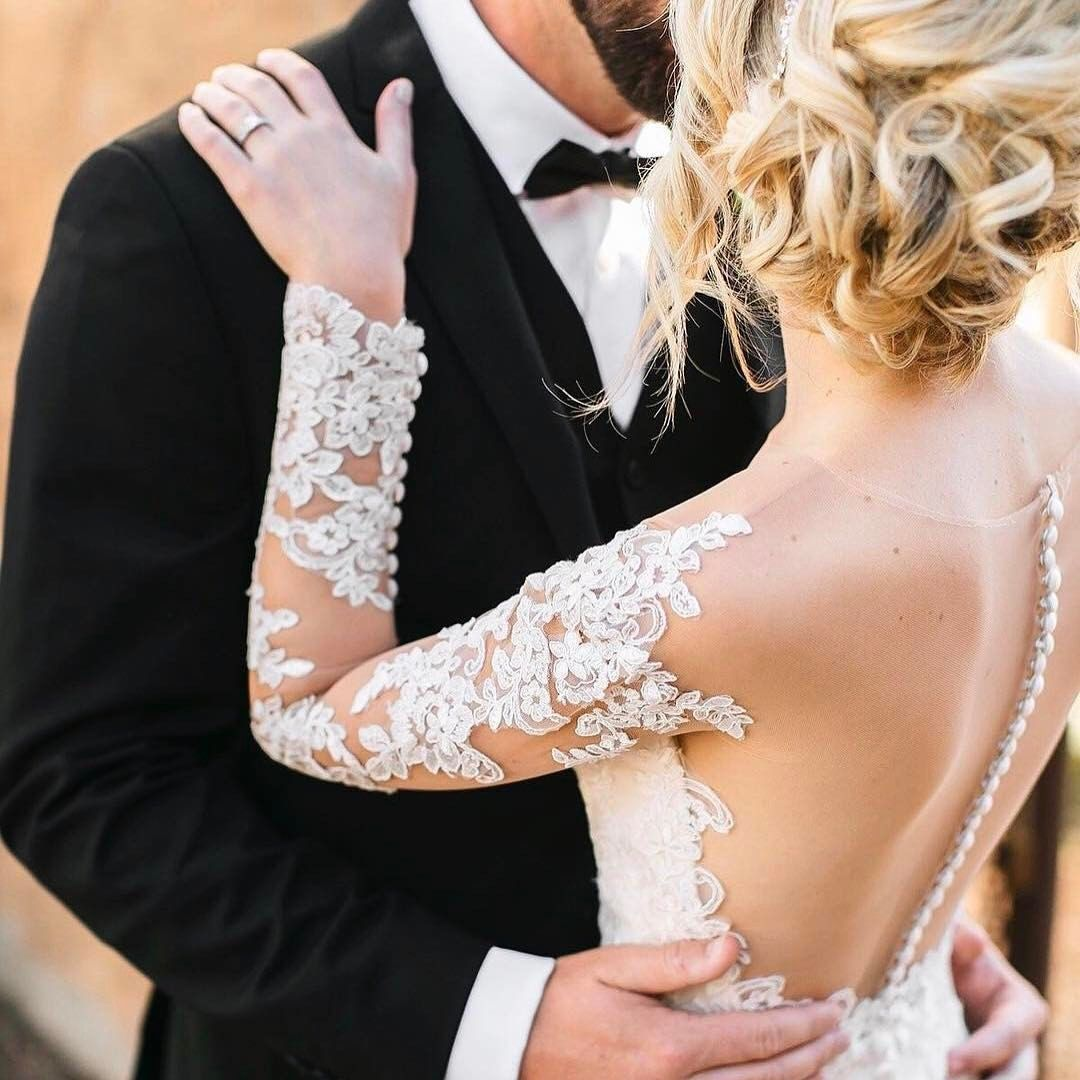 See this Instagram photo by @weddingwire • 4,712 likes