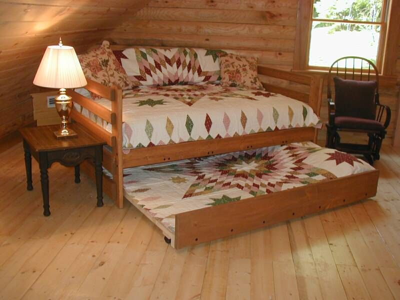 Best Full Daybed Trundle Love The Matching Quilts At 400 x 300