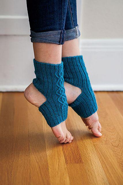 Breathe Yoga Socks pattern by Wendelika Cline | Yoga socks ...