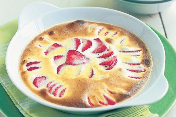 Strawberry gratin with kirsch & vanilla sabayon main image