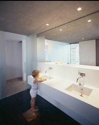 Lazienka Z Dwoma Umywalkami Bathroom With Two Sinks Bathrooms
