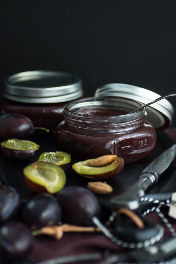 Gewürz-Pflaumenmus nach Omas Rezept – Zimtkeks und Apfeltarte  – Marmelade