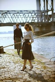 weekend chic fashion 50s skirt