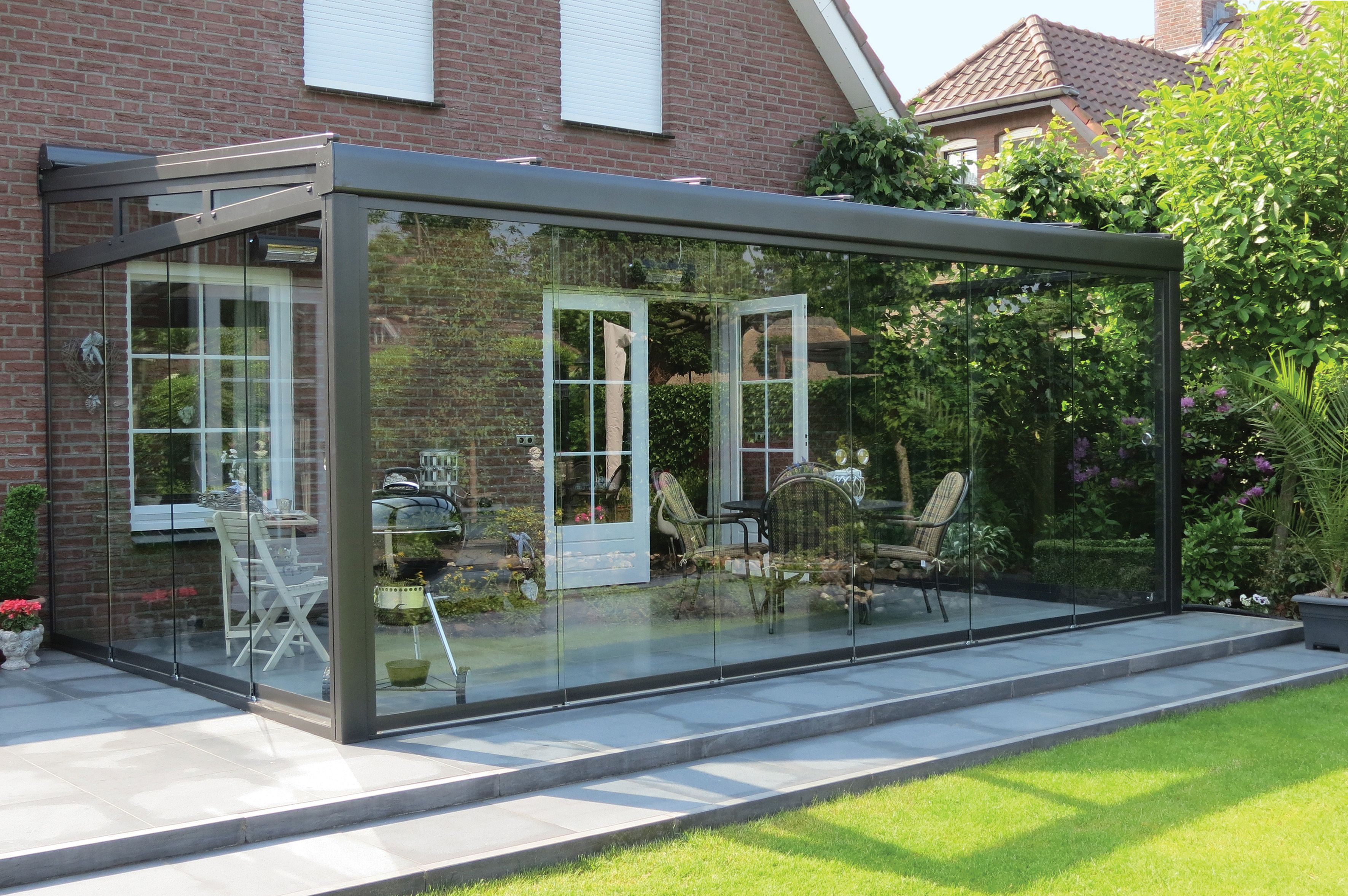 die wohlf hloase f r den garten das terrassendach terrado mit ganzglas schiebeelemente. Black Bedroom Furniture Sets. Home Design Ideas