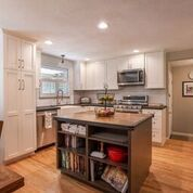Thank you to Gretchen from Caruso Kitchens for sharing images of a ...