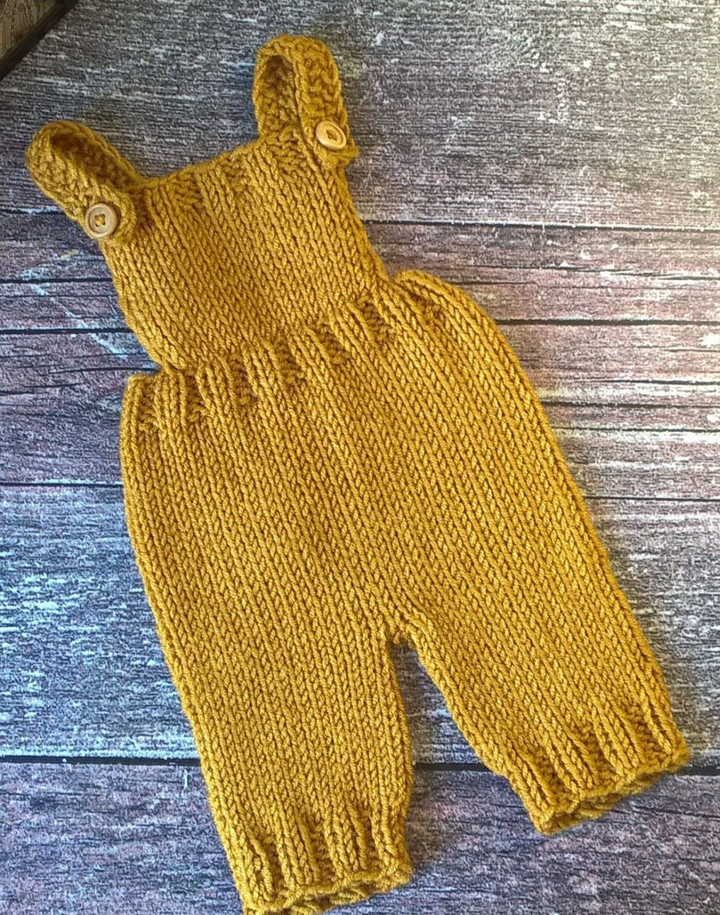 Baby Pants and Rompers Knitting Patterns | Babysachen, Häkelmuster ...