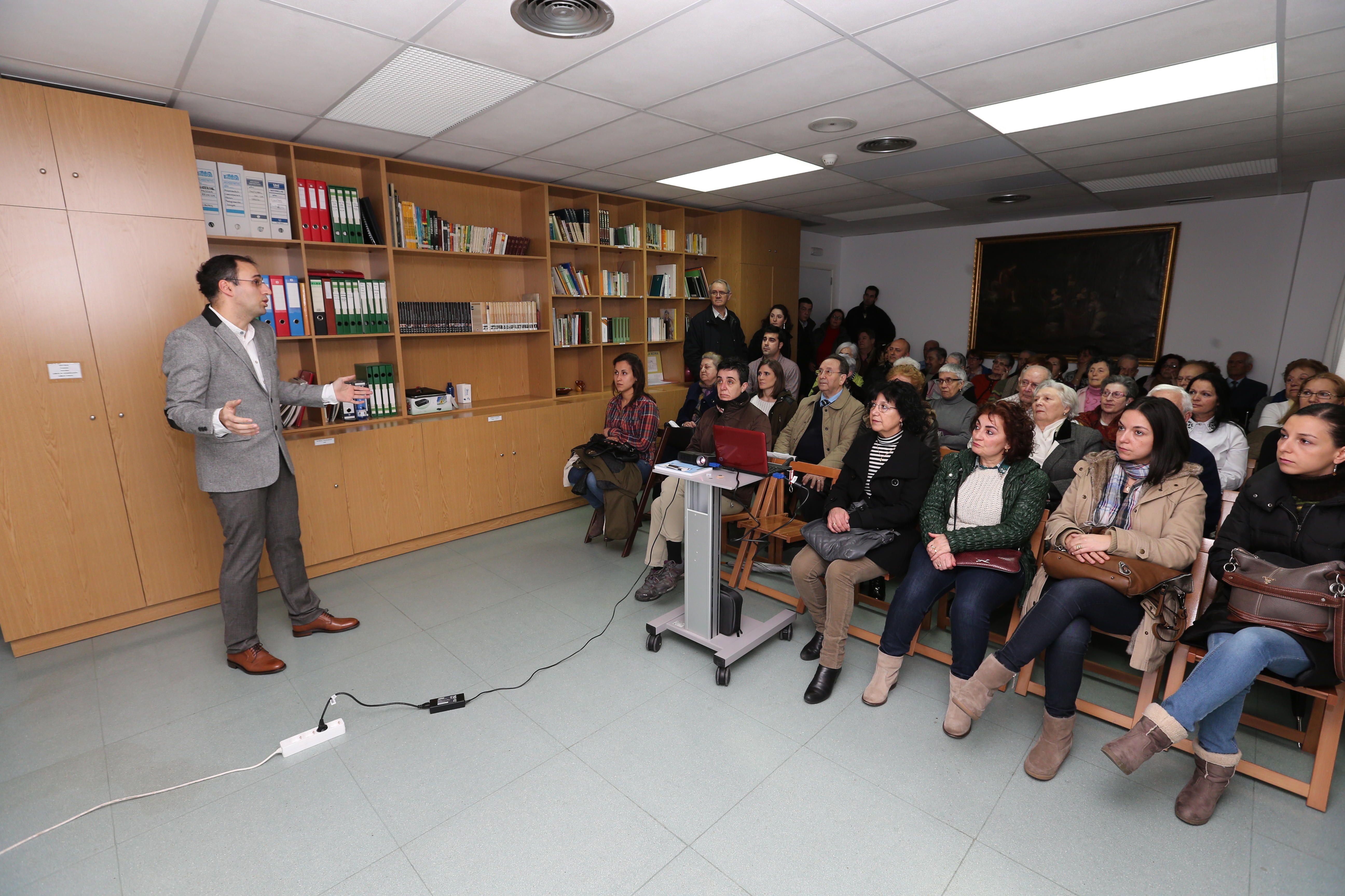 """Sala llena en la primera jornada del """"Ciclo de Conferencias de Salud y Prevención"""""""