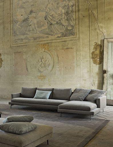 Moderne Mobel Beleuchtung In 2020 Italienische Innenarchitektur Sofa Design Mobel Wohnzimmer