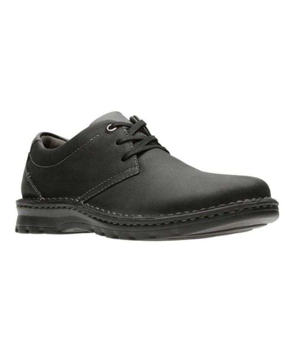 CLARKS Clarks Men's Vanek Plain Oxford. #clarks #shoes
