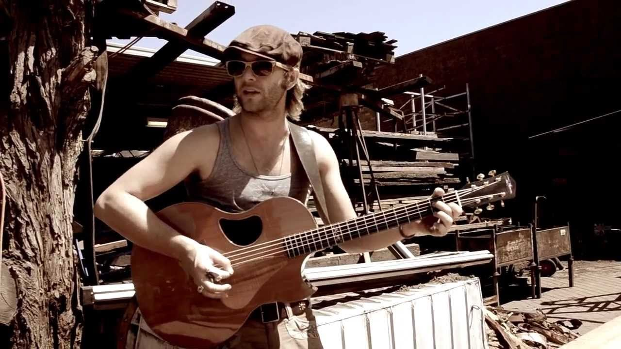 "BUSKING AROUND AUSTRALIA, Geelong, Keith Harkin performs original song ""...  Going Home"