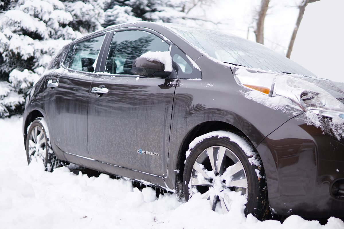 Electric Car Vs Winter Electric Cars Car Insurance
