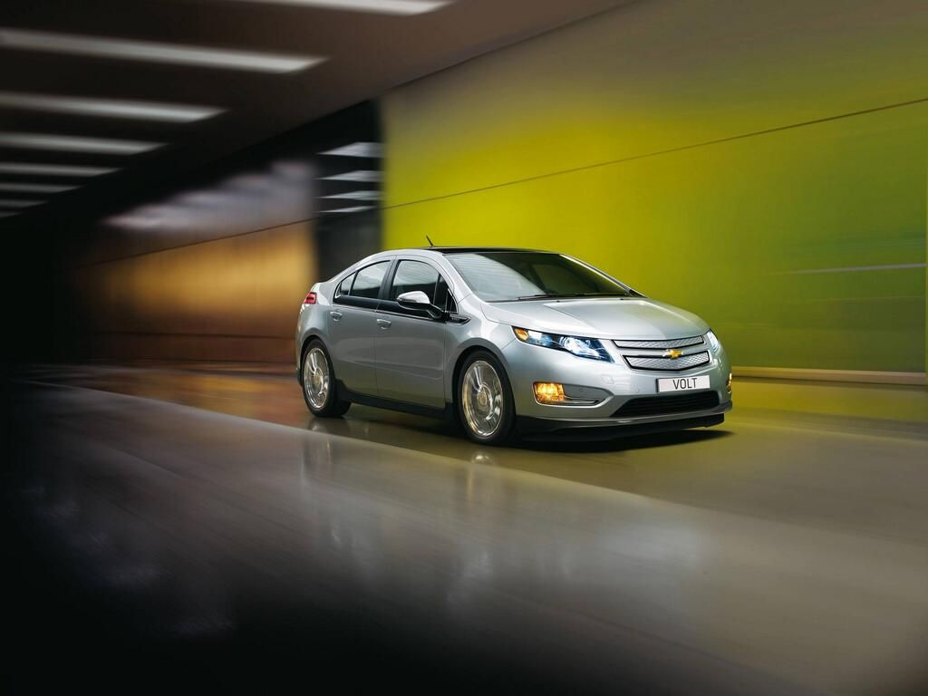 Chevy Electric On Chevrolet Volt Chevy Volt Solar Powered Cars