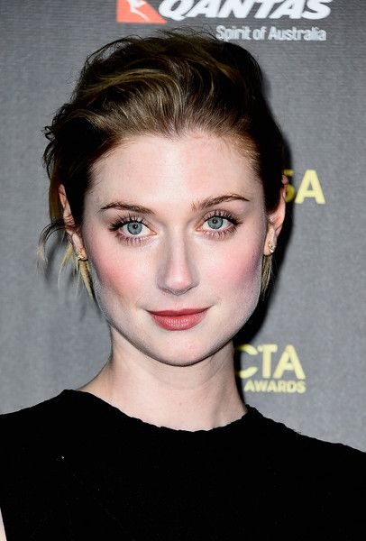 Pin By Gail Veale On Debicki Elizabeth Debicki Elizabeth Face Skin