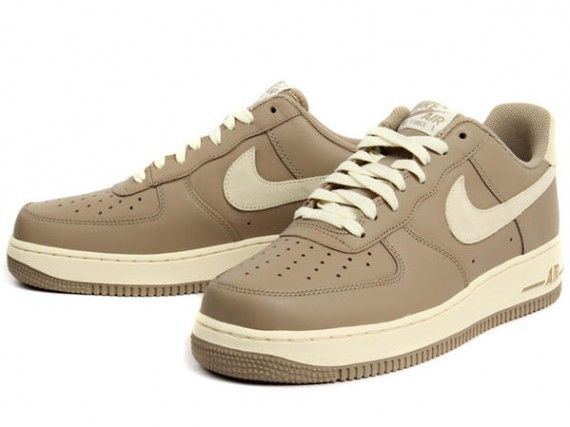 Nike Air Force 1 Schuhe white-turbo green 44,5