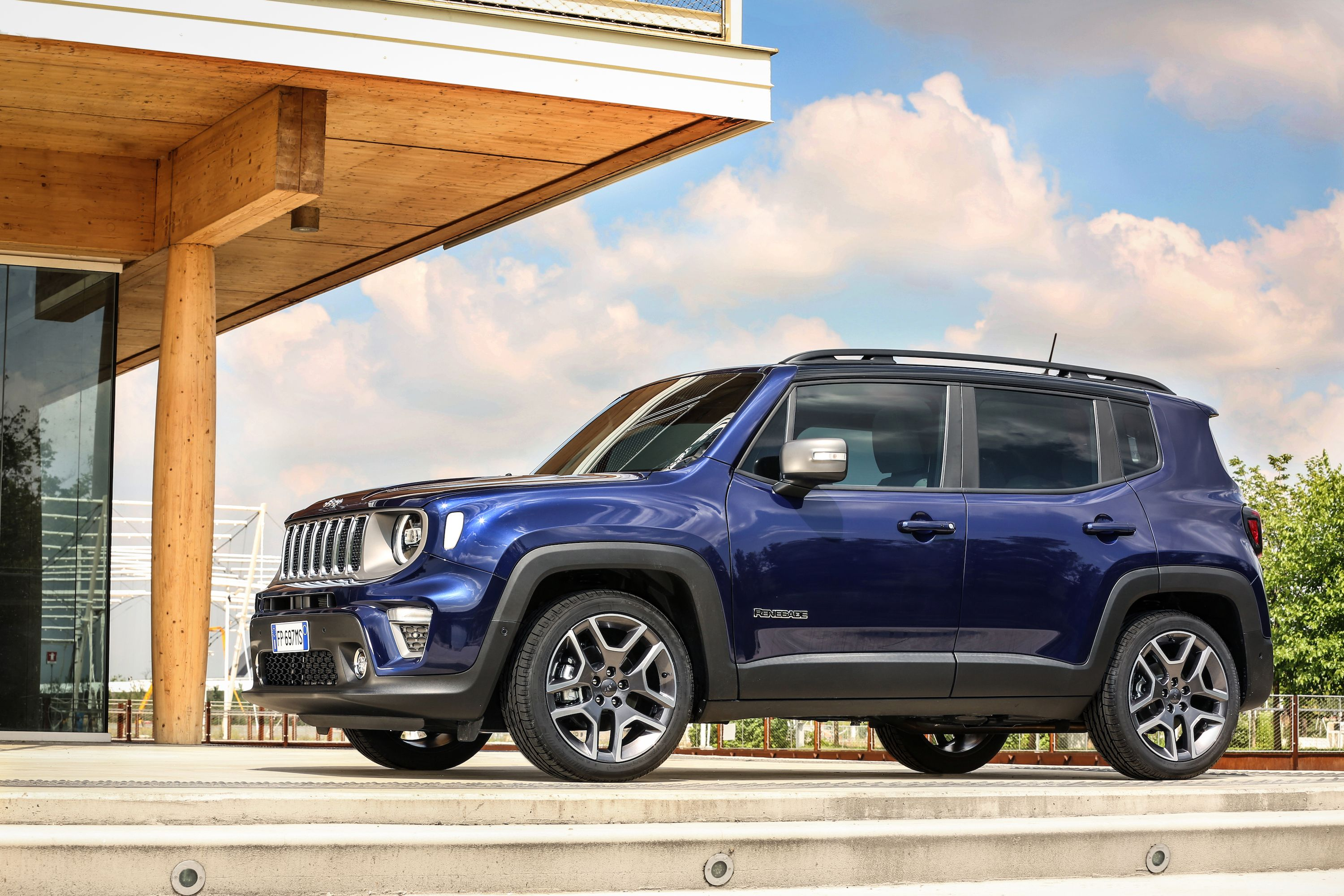 Jeep Renegade To Get A Plug In Version By 2020 Top Speed Jeep