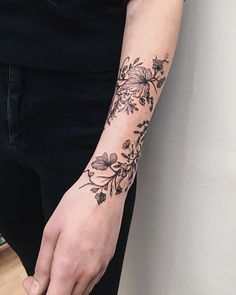 "Yaana Gyach | Tattoo artist on Instagram: ""🌿🍃 tiny vines and grasses ••••• #ygtattooing #gyachyaana #linework #dotwork #blacktattoo #tattoo #tattoos #uk #london #londontattoo…"""