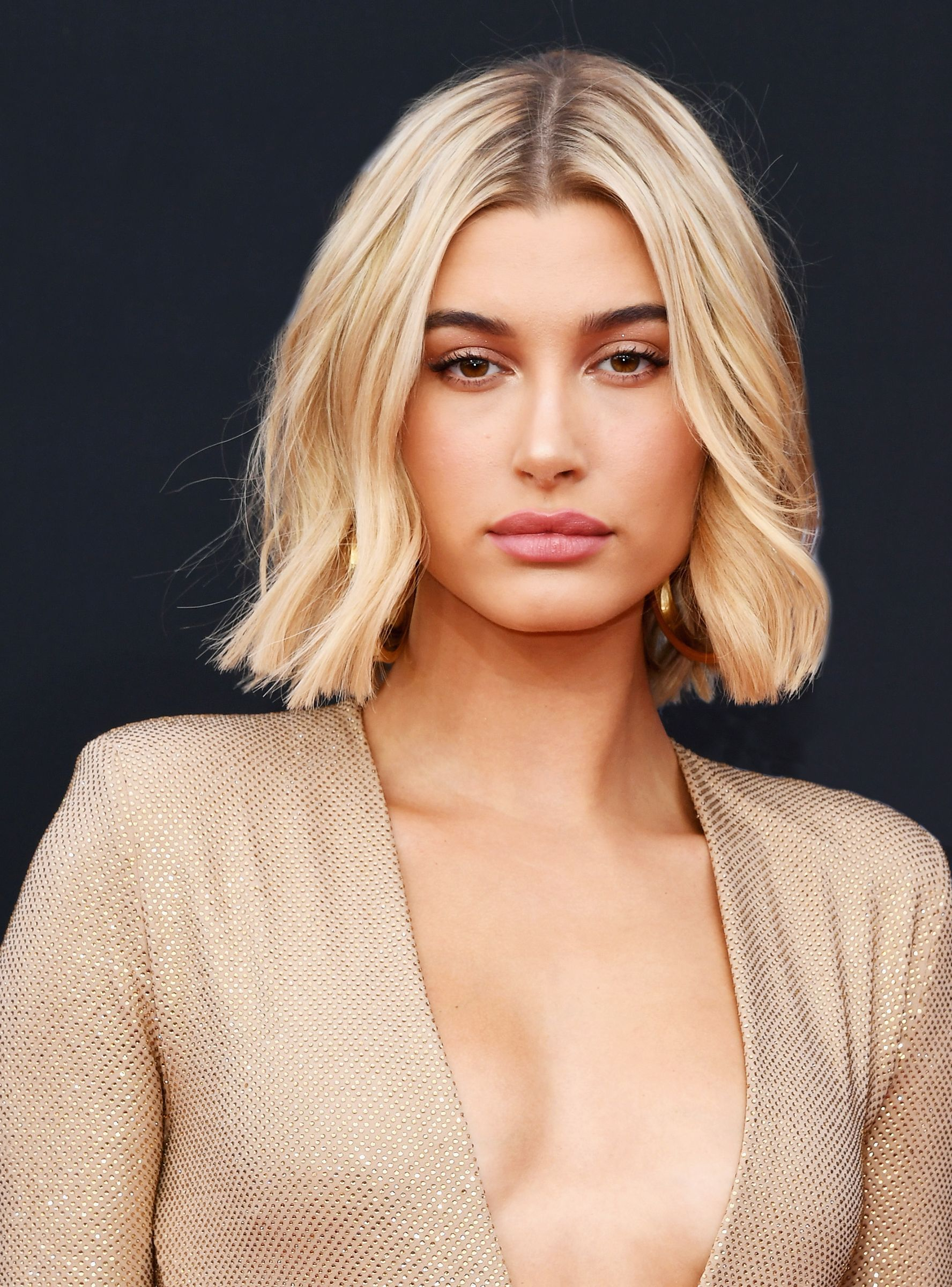 This Is Exactly How Hailey Baldwin S Makeup Artist Gives