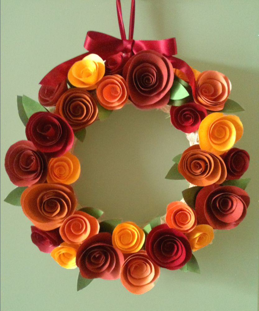 Paper Flower Fall Wreath | Pretty Halloween Things | Pinterest ...