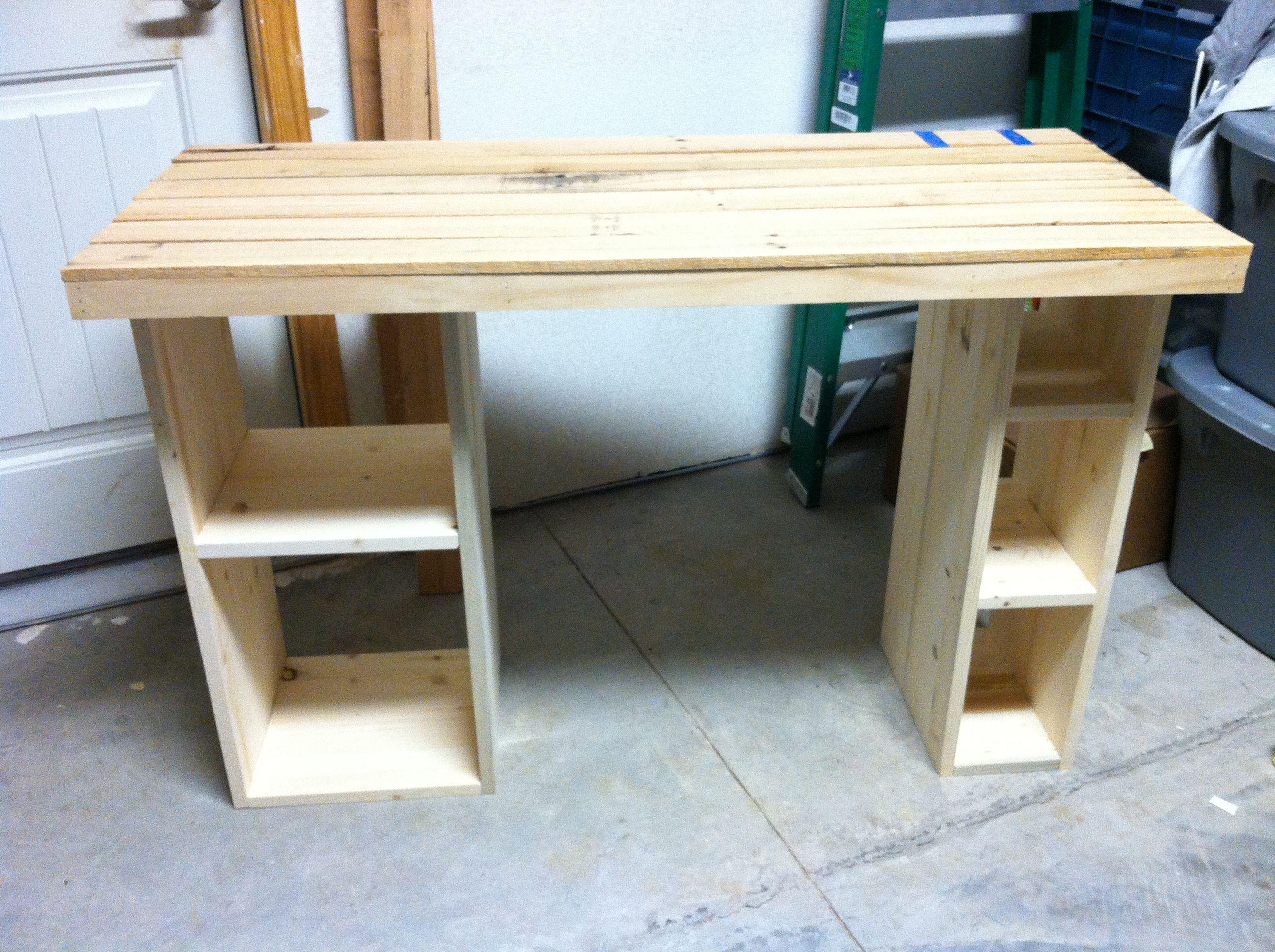 Pallet computer desk pallet office desk diy computer desk diy wooden - Wood Pallet Office Desks Pallet Furniture Pallet Deskdiy