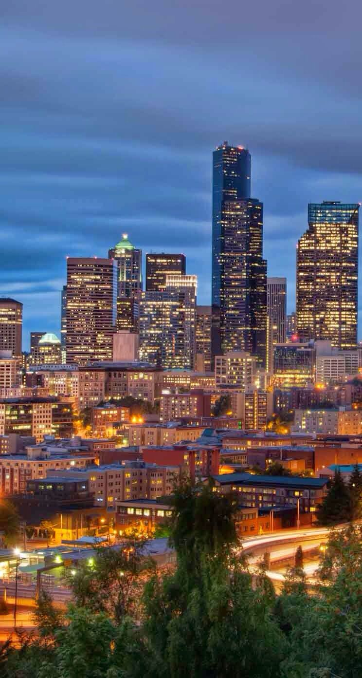 City Scene Downtown Seattle Background Wallpaper