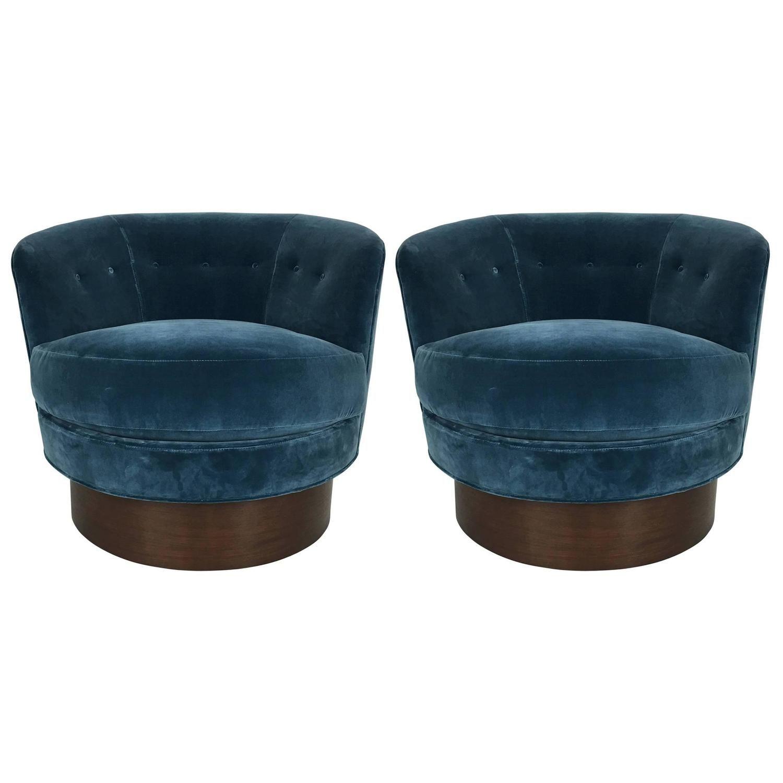 Astonishing Pair Of Swivel Barrel Chairs After Milo Baughman My Creativecarmelina Interior Chair Design Creativecarmelinacom