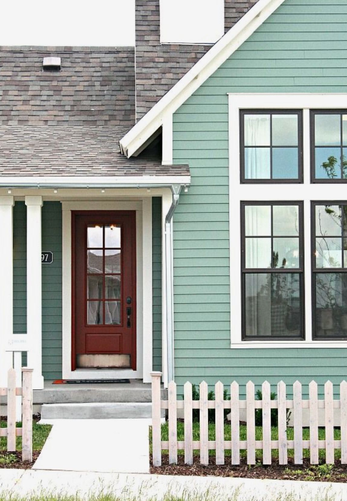 Pin by chelle m on misty 39 s mint cottage house paint - Green exterior paint color schemes ...