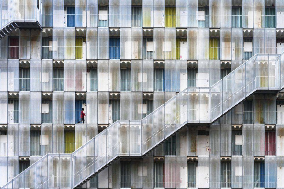 'Colorful apartment' da nombre a la mención especial en la categoría ciudades. Se trata de un colorido edificio situado en Gifu Prefecture, Japón.