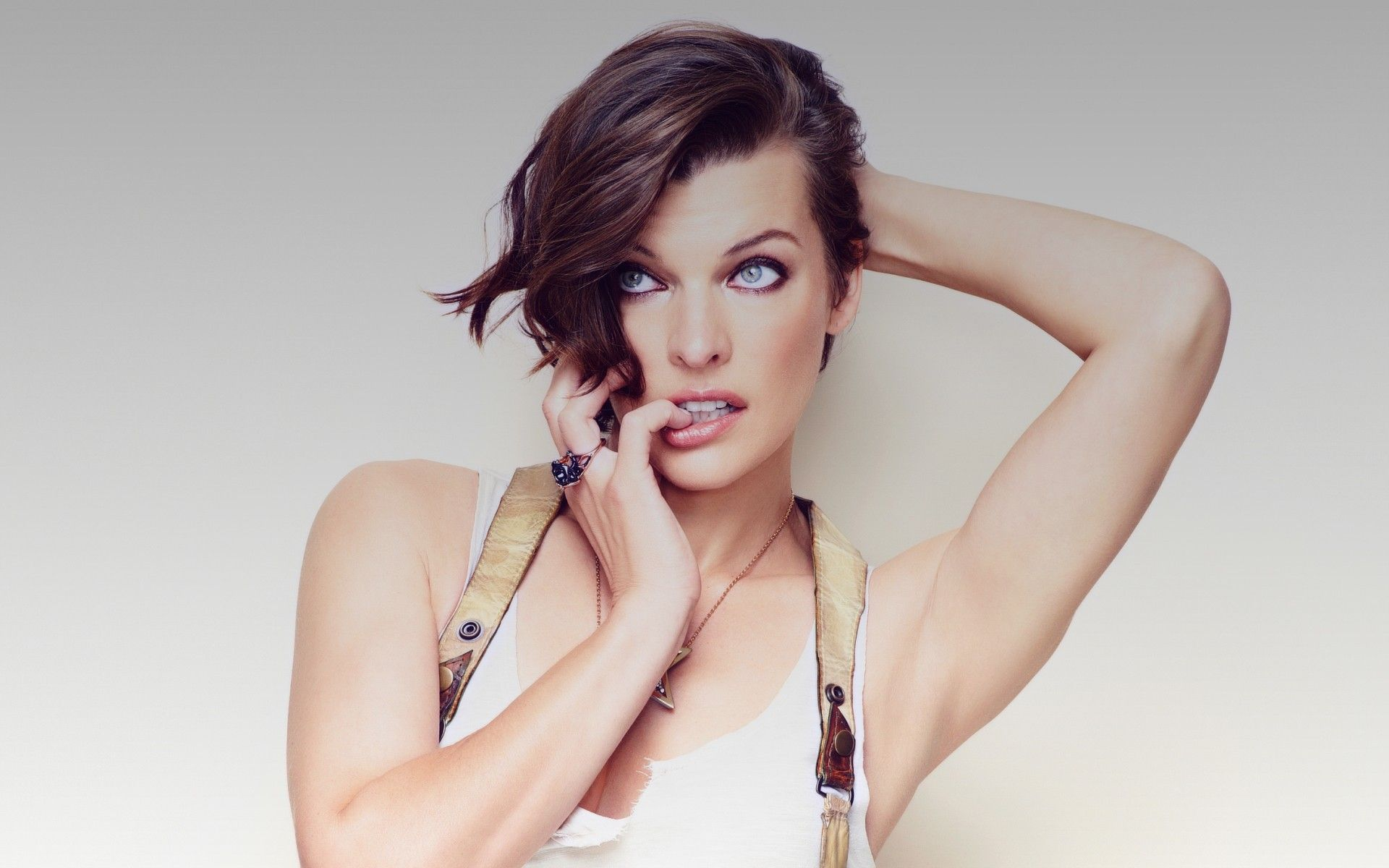 Celebrity Milla Jovovich nude (89 images), Hot