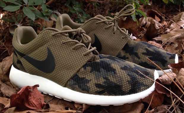 Nike Roshe One Print (Cargo Khaki Light Bone White)