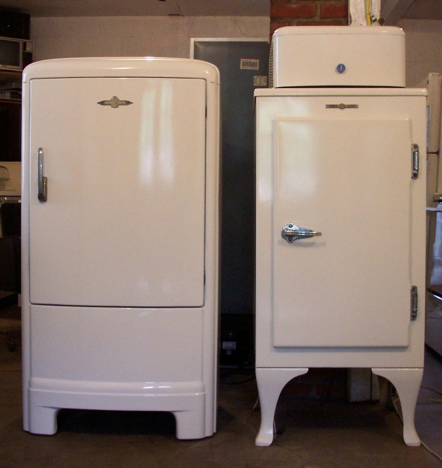 Vintage Fridge: 1930s Fridge Aircon Inc Refrigeration In 2019