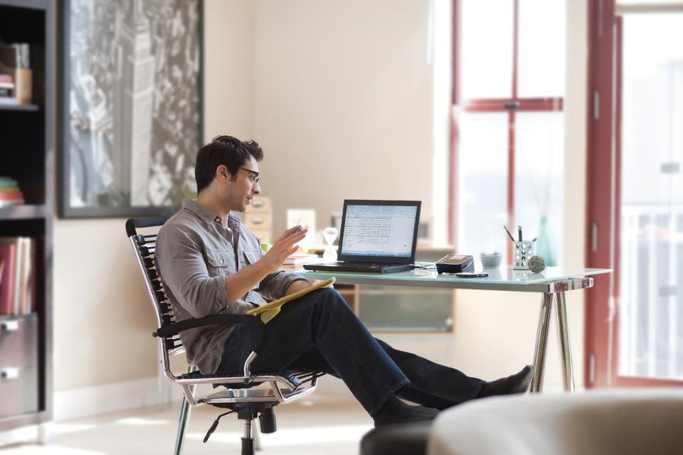 Home Office - für viele Menschen der Traum vom selbstbestimmten - home office arbeitnehmer arbeitgeber