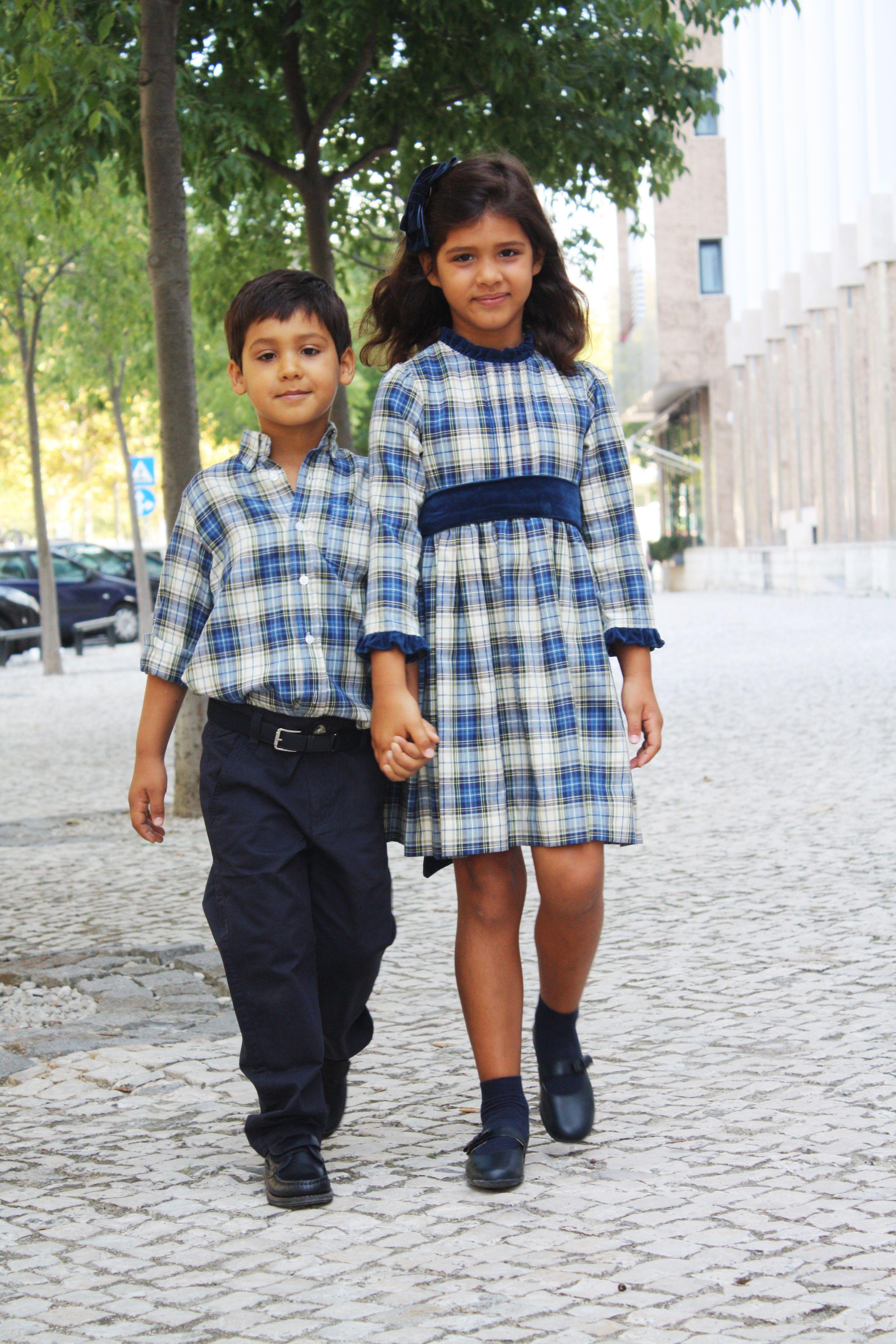 Vestido escocês e Veludo + Camisa Escocês com Calça Chino Azul Escuro Colecção Outono Inverno 2011