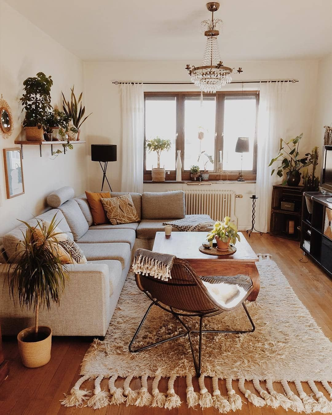 Buy Wholesale Home Decor Furniture From Wholesaler S Online Living Room Decor Apartment Modern Living Room Inspiration Apartment Living Room