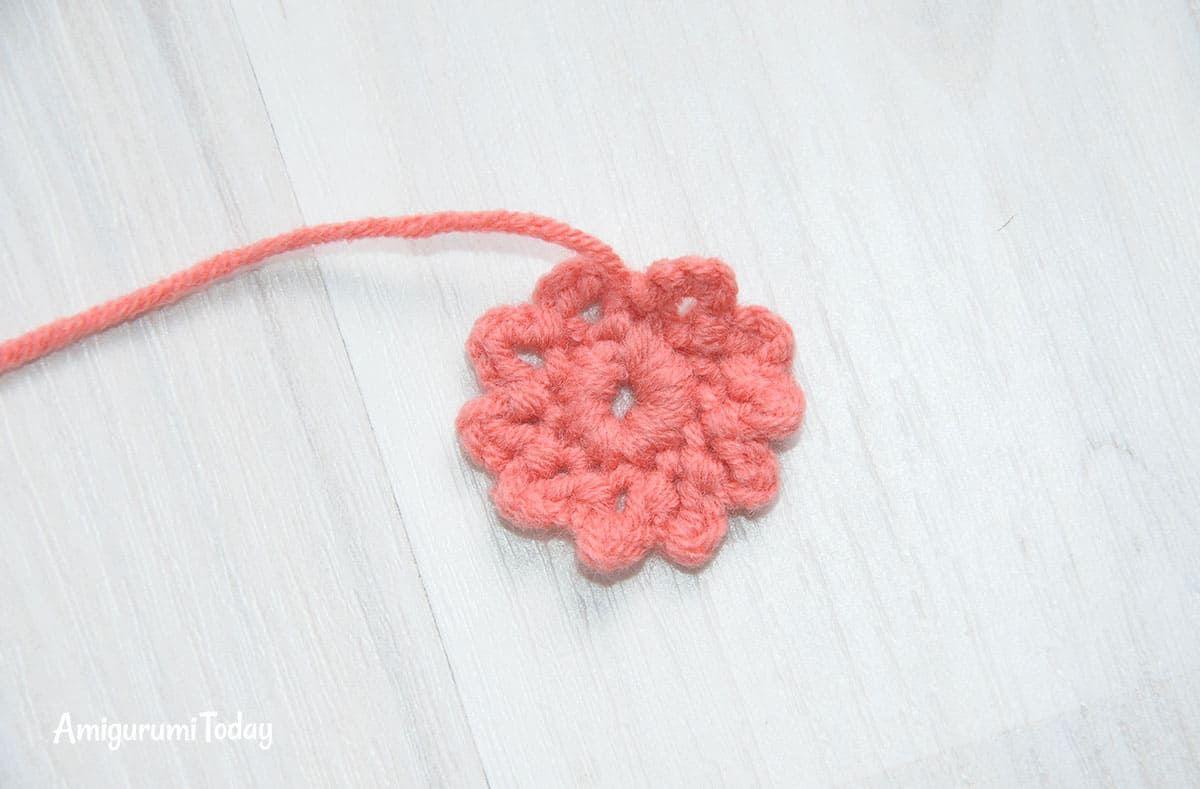 Honey teddy bears crochet pattern - flower | jade | Pinterest | Tejido