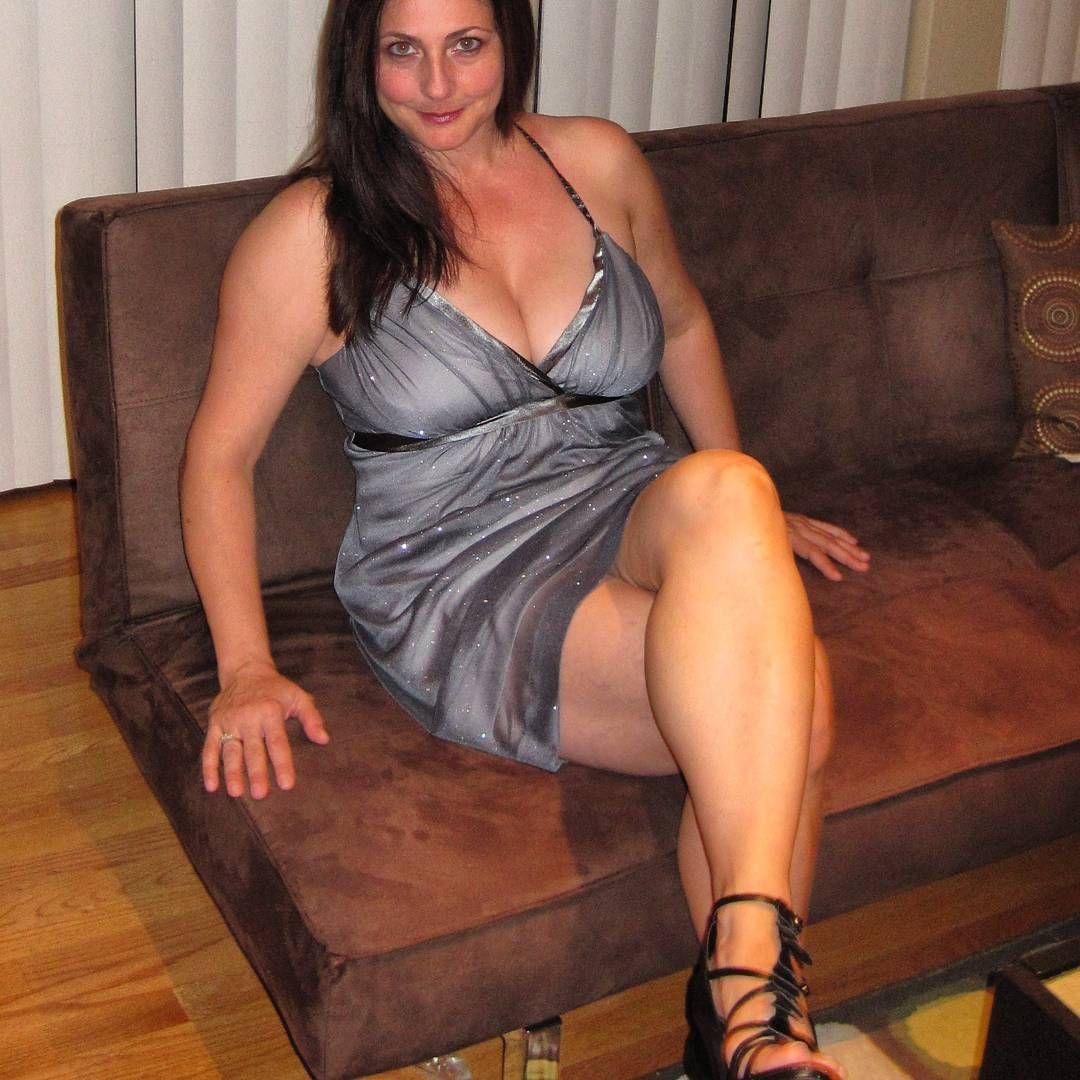 Mature woman in pantie hose sex