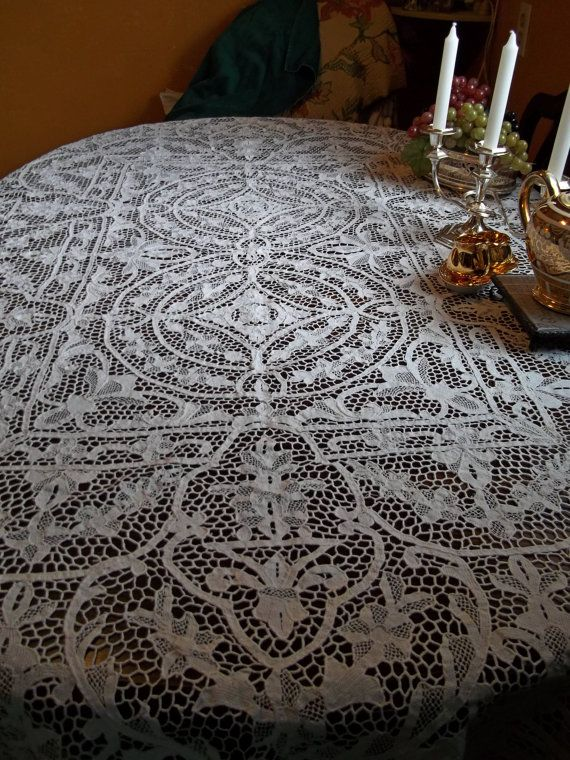 Attractive TREASURY ITEM SALE Stunning Antique All Handmade Italian Point De Venise  Needle Lace Tablecloth Or Bedspread