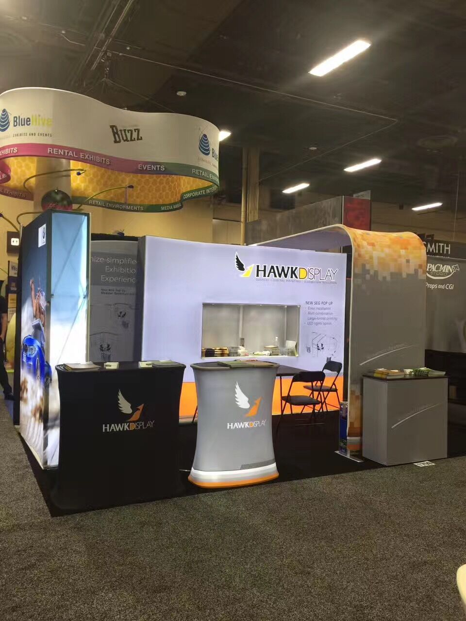 Trade Show Booth Exhibitors : Trade show booth of hawk display in past exhibitor portable